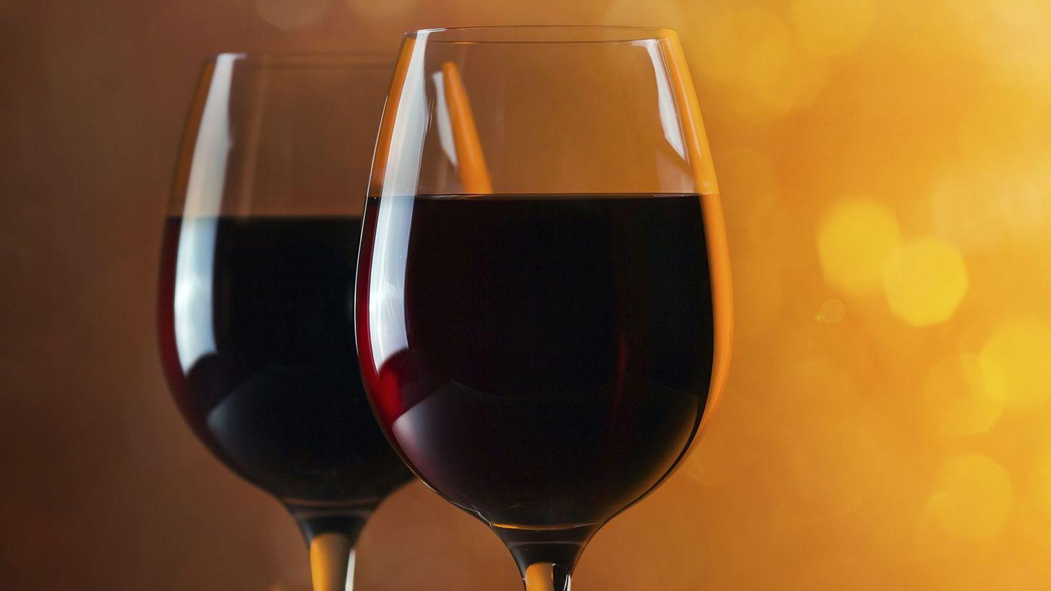 nos repas contentent nos attentes avec du vin rhone. Black Bedroom Furniture Sets. Home Design Ideas